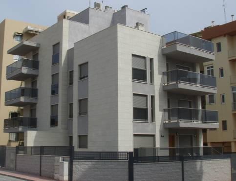 Edificaci n granito marmol y silestone escaleras y fachadas - Productos para impermeabilizar fachadas ...