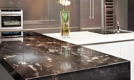 Ideas encimeras de cocina granito y silestone - Cocinas blancas con granito ...